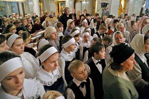 Фото 8. Участие в детской Божественной литургии в Храме на Крови